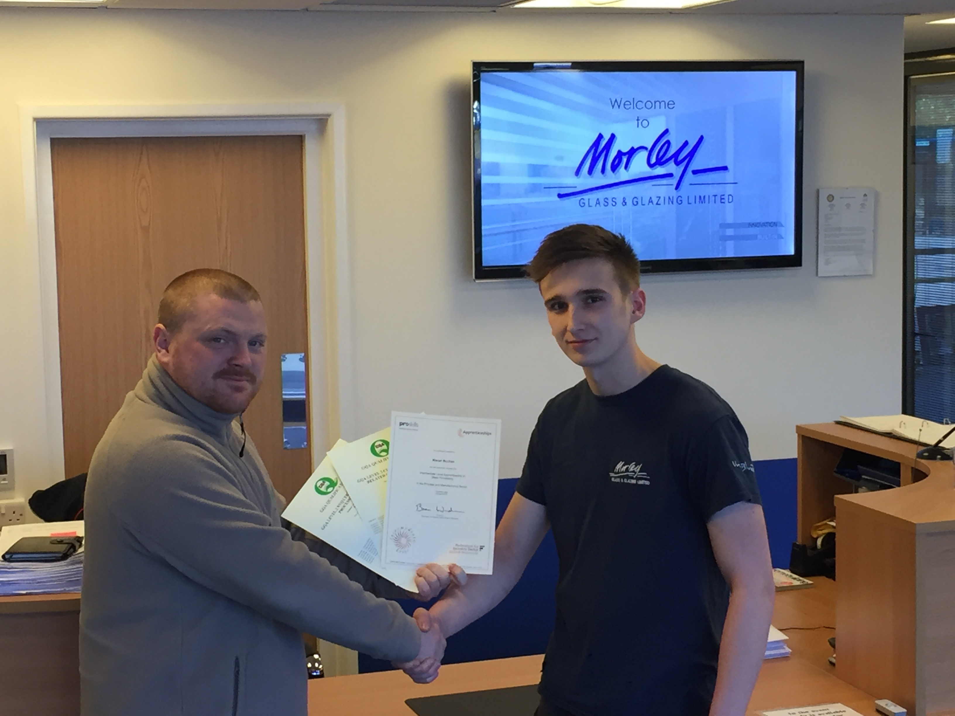 Morley Glass & Glazing extends apprenticeship programme